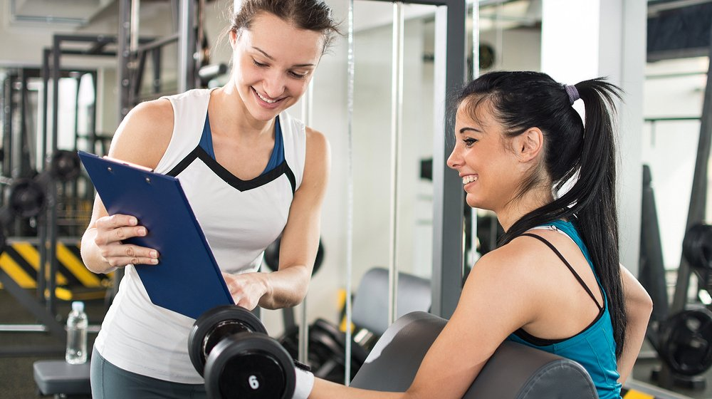 Benefits of Becoming a Personal Fitness Trainer - hospitalninojesus